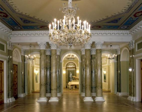 Зеркальный зал Юсуповского дворца
